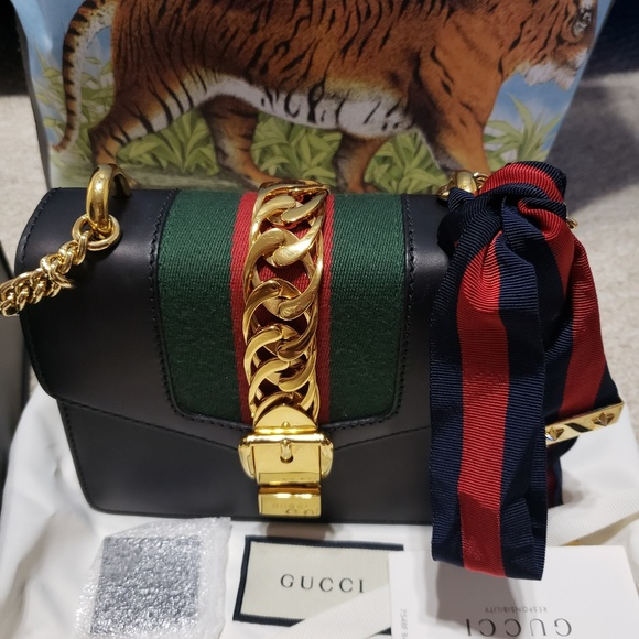838a17f0df1230 Gucci Bags | Authentic Sylvie Mini Bag | Poshmark